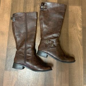 Soda Shoes - Brown Mid Boots Size 9